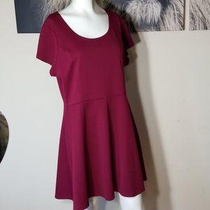 🌹3/$24🌹CHARLOTTE RUSSE TEXTURED FIT&FLARE DRESS